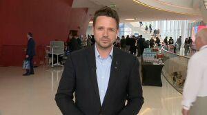 Trzaskowski o zamrożeniu funduszy unijnych, PiS o skandalu i szantażu