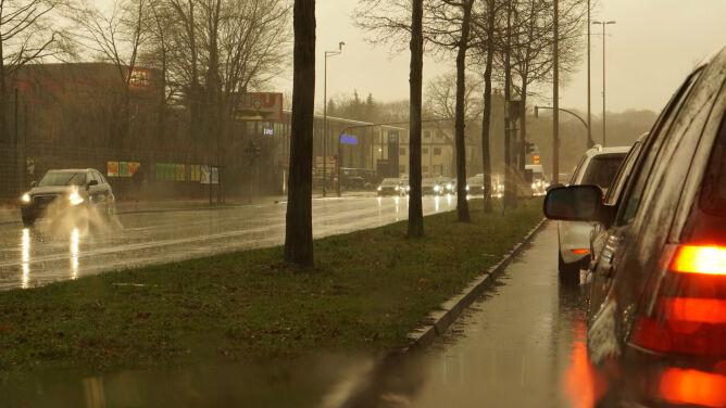 Kierowcom dokuczą opady deszczu